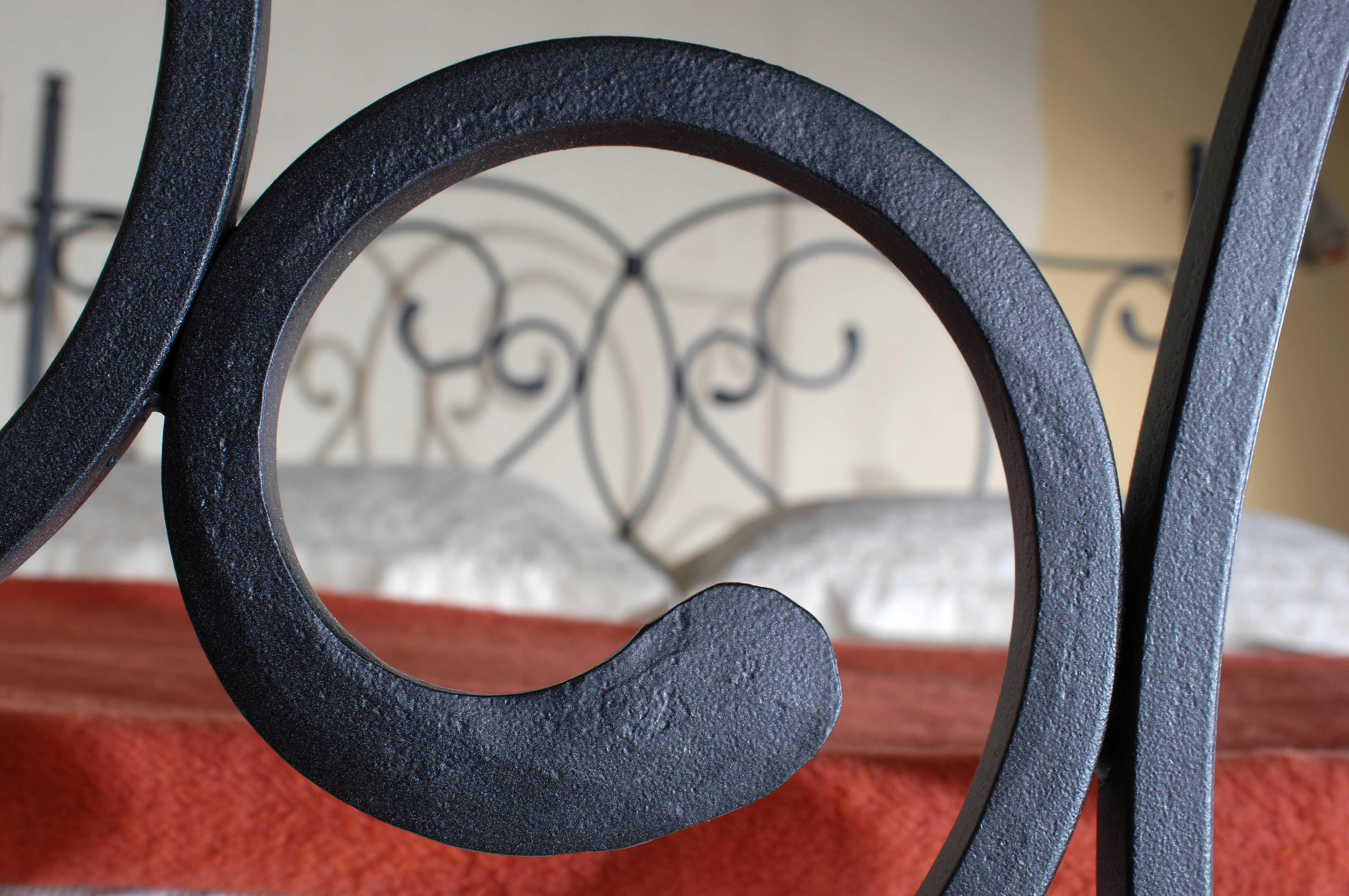 GALICIA kovová kovaná dvoulůžková postel