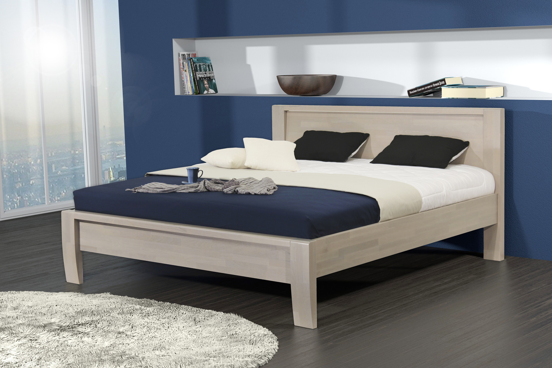 ERIKA dřevěná postel z masivního buku